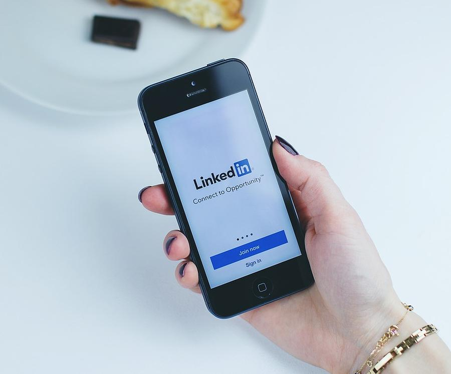 Linkedin Privacy, and how to improve it 8